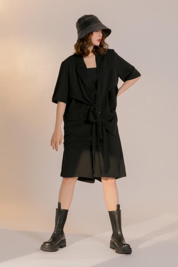 多層次短袖綁帶西外+短褲兩件套裝