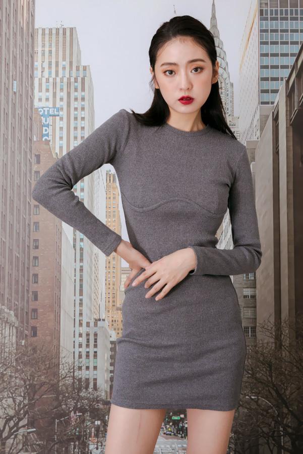 顯瘦剪裁包臀美胸長袖小洋裝