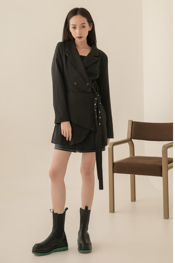 側腰雙金屬釦帶裝飾性感西外洋裝