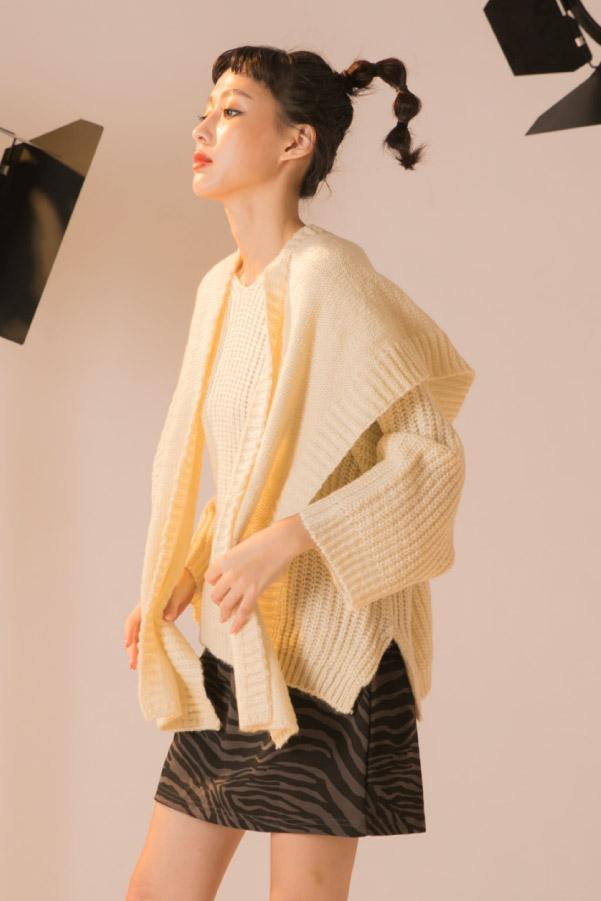 連帽披肩+V領毛衣兩件式上衣
